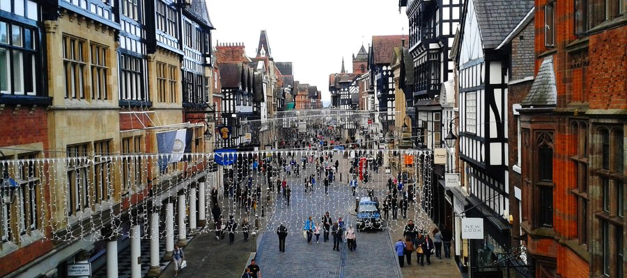What is worth to see in Chester, UK