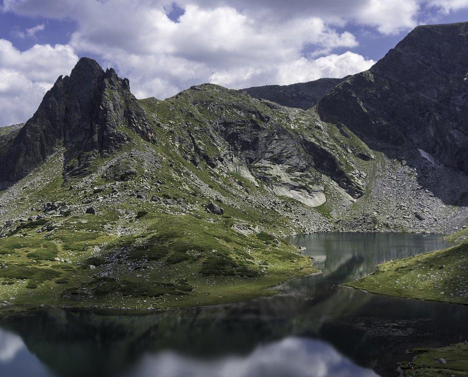 Bulgaria-Rila-Lakes.jpg
