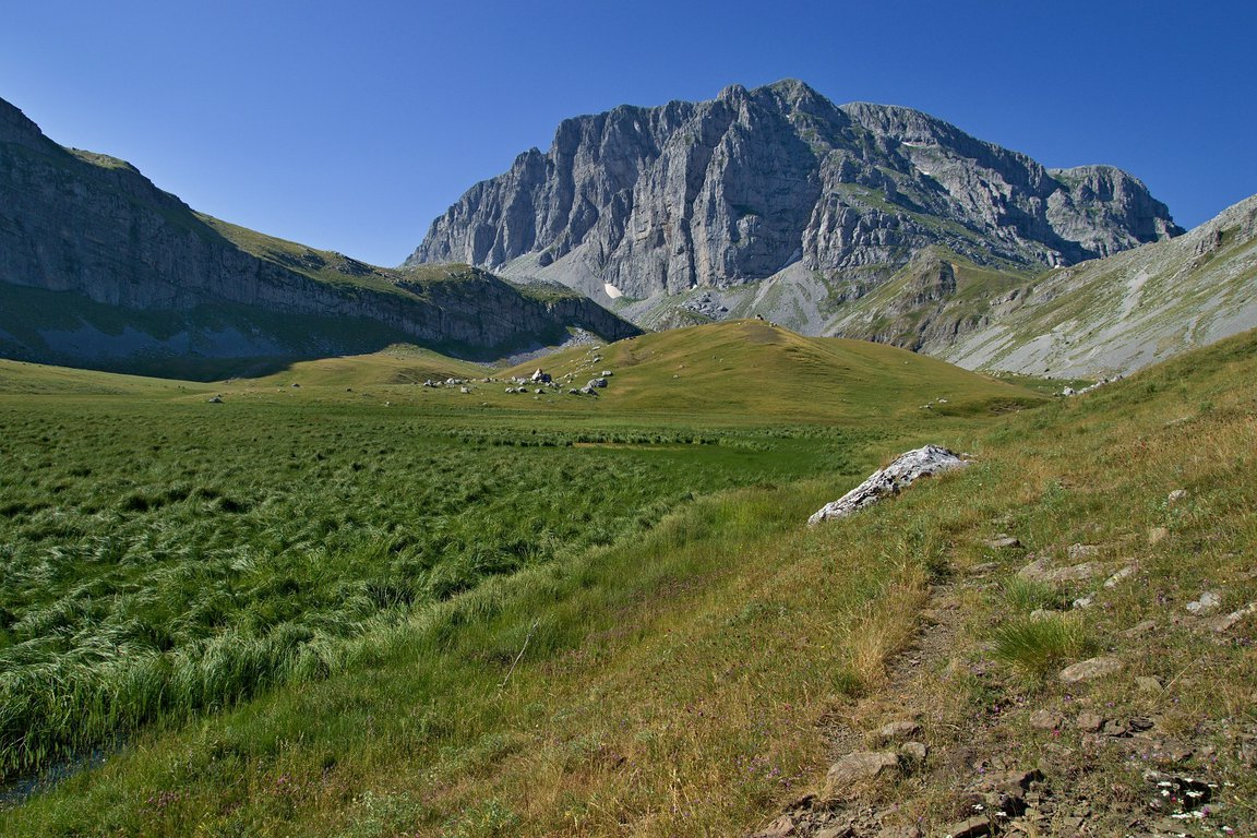 Hiking to the Dragon Lake of Tymfi from Konitsa, Greece.jpg