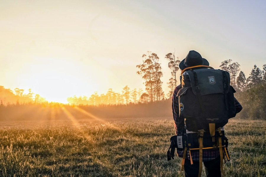 How to choose the best backpack for hiking trips
