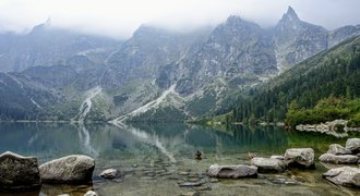 Morskie_Oko_lake_in_Tatra_mountains_Poland.original.jpg