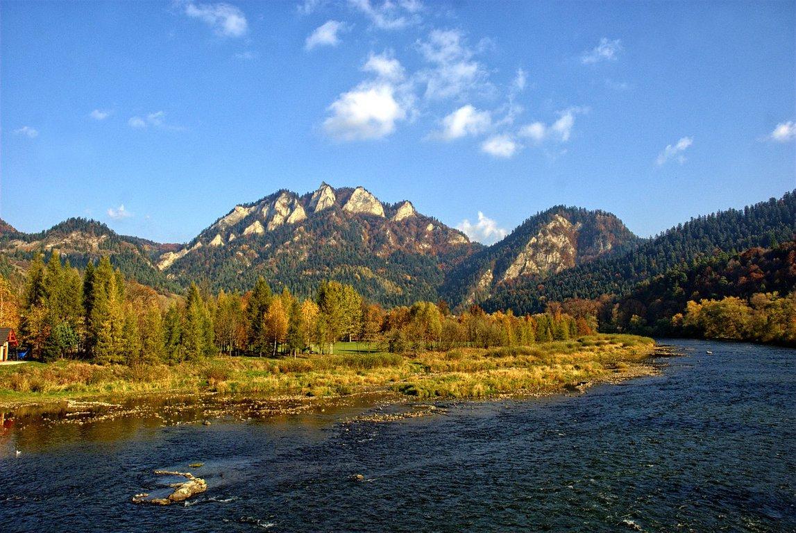Pieniny mountains - view on Trzy Korony peak