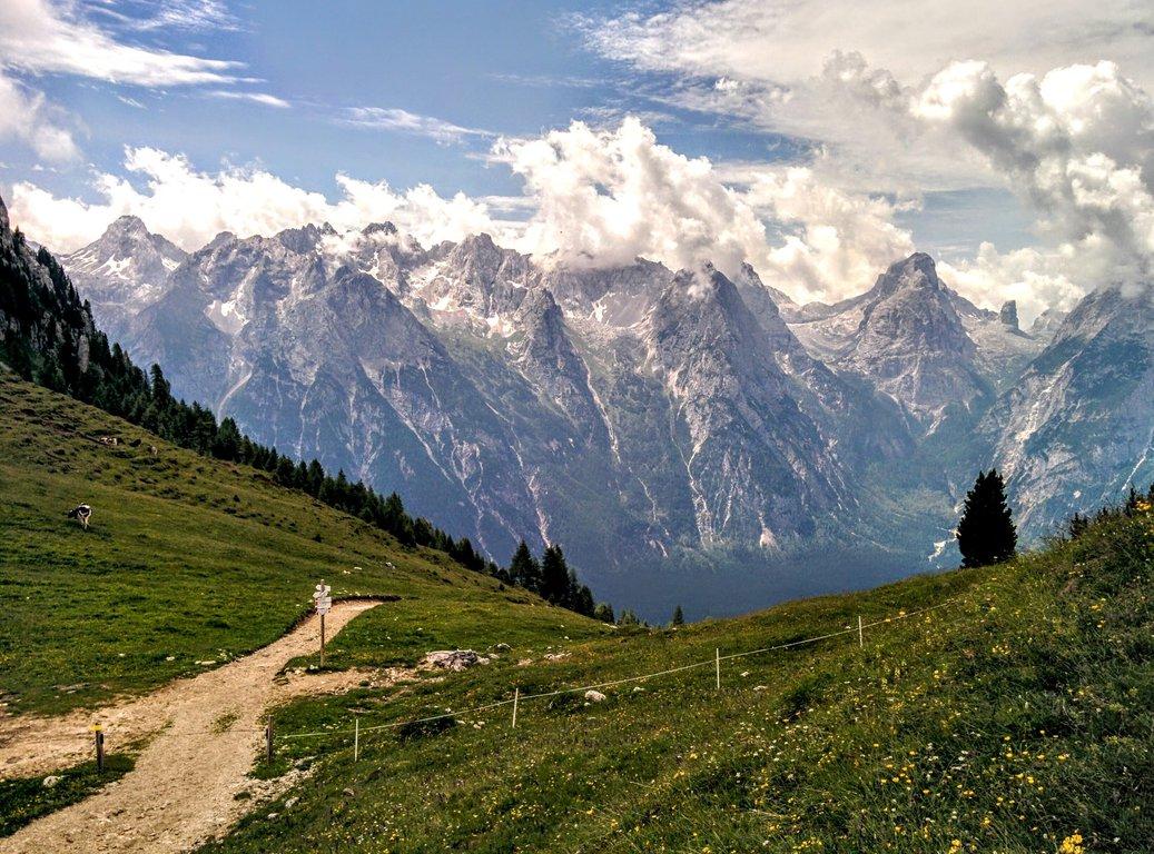 Rifugio_Citta_di_Carpi_C.A.I_in_Dolomites.original.jpg